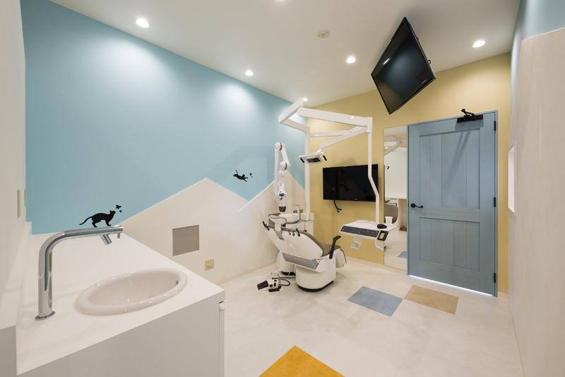 小さな診療室 ~ファミリールーム~ お子様づれでも安心 小さな診療室 ~ファミリールーム~